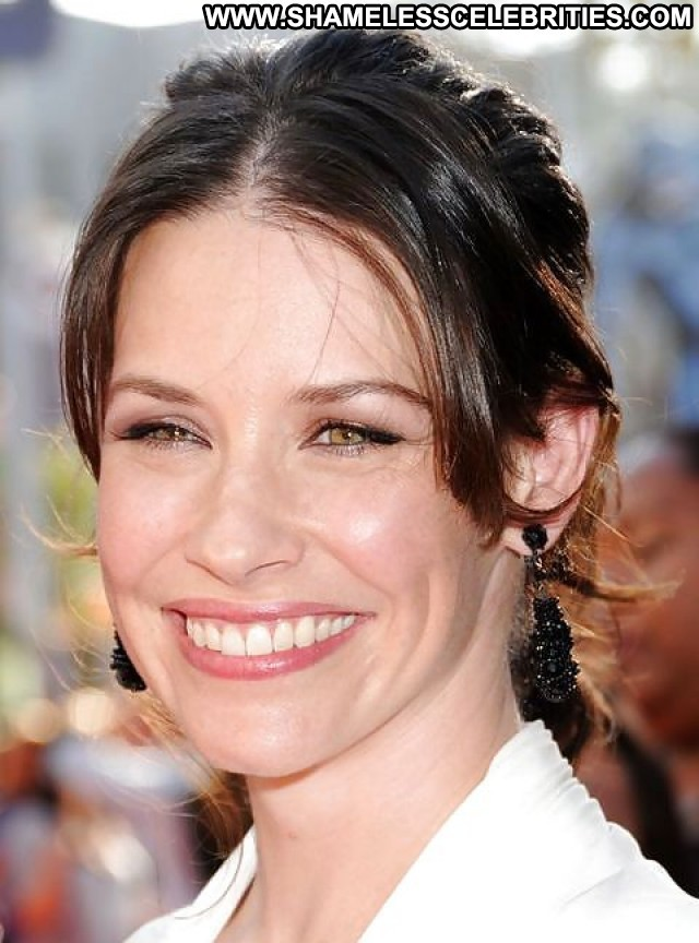Evangeline Lilly Pictures Celebrity Femdom Hot Female Cute Gorgeous