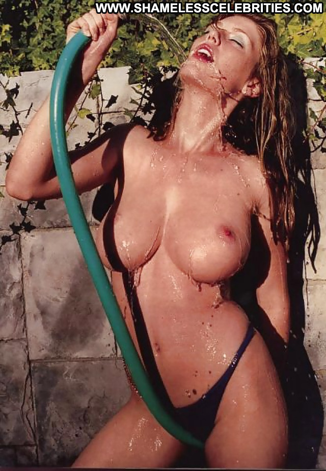 Diora Baird Pictures Celebrity Hot Sexy Beautiful Posing Hot Babe
