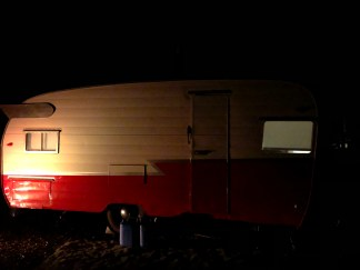 fall-creek-falls-retro-camper - 17