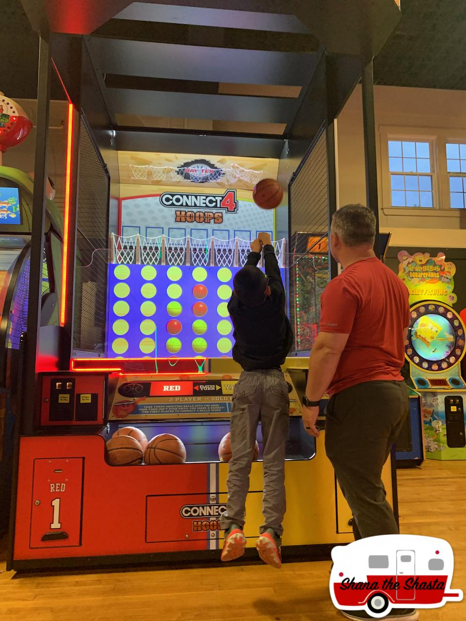 Connect-4-Arcade-Hoops