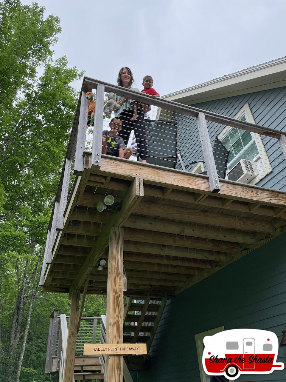 Deck-at-Hadley-Point-Hideaway