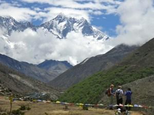 Students contemplating Lhotse