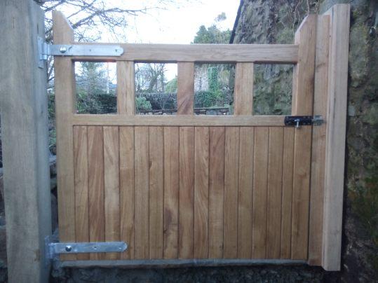 Garden Furniture - Oak garden gate hung on oak gate posts.