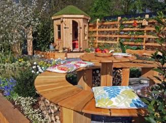 Award winning RHS Flower Show Cardiff 2015 garden, wood and slate