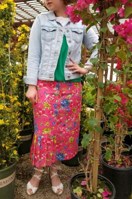 Floral Pleated Pencil Skirt