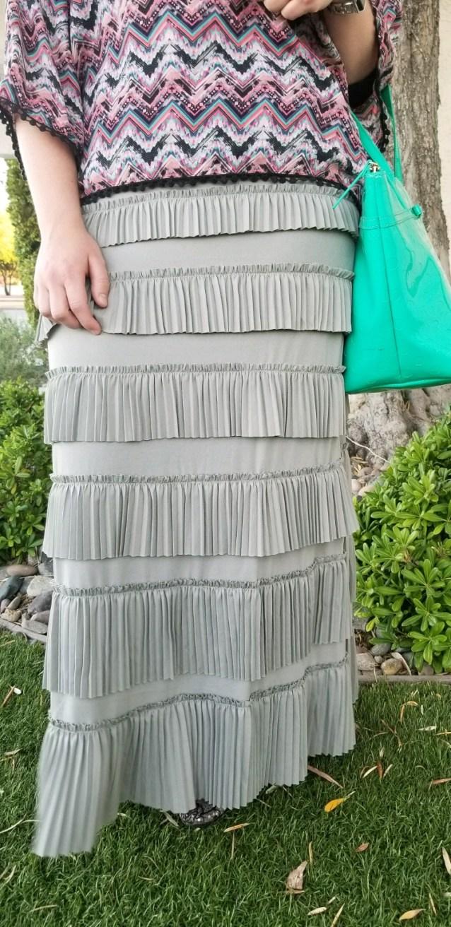 Pleated Eleganza Skirt ~ Gray