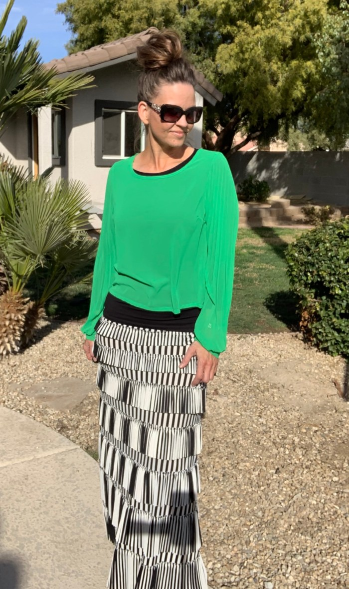 Pleated eleganza skirt ~striped