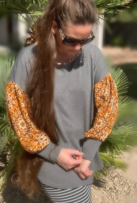 Mustard gray balloon sleeve tunic top