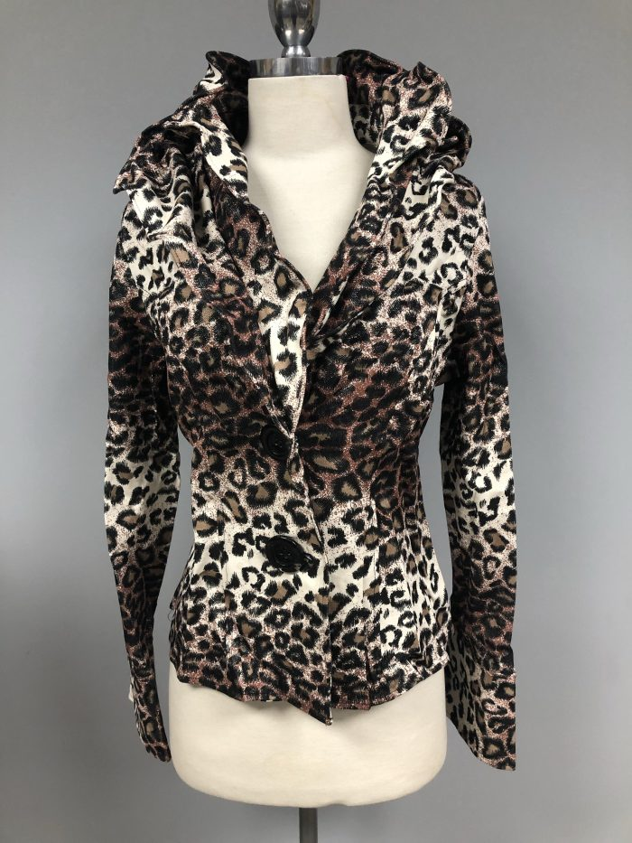 Cheeta wired collar jacket