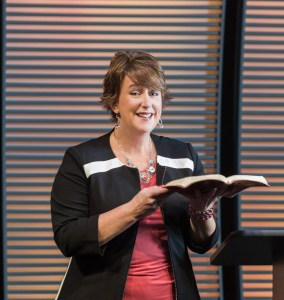 shannon-popkin-speaking-3