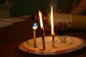 Will a different color crayon have a different colored flame?