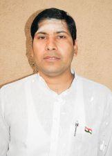 Dinesh Garkoti (Warden) graduated from Shree Muktananda Sanskrit Mahavidyalaya