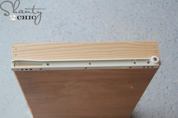 Slide_on_drawer