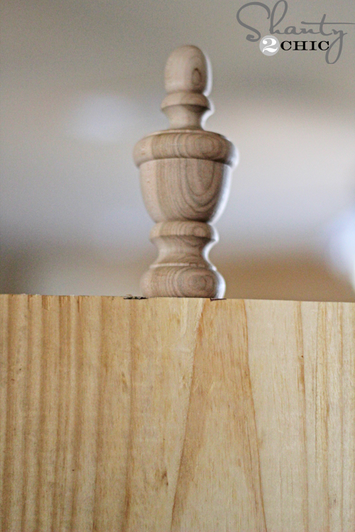 attach-wood-finial