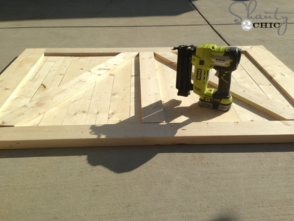 adding-barn-door-pieces