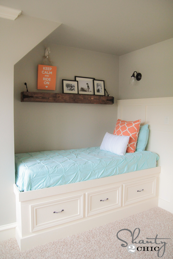 Tiny Home Designs: DIY Built-In Storage Bed