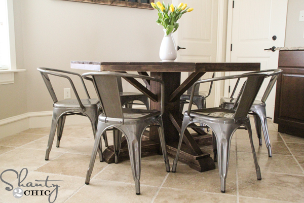 DIY-Round-Table1