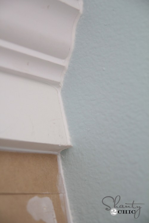 How to caulk trim