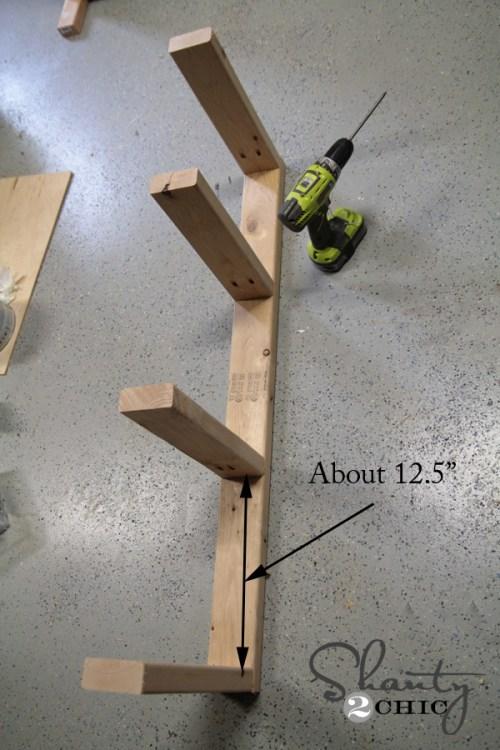 Building frame for corbel desk