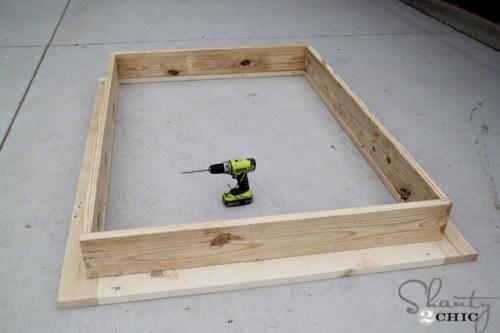 attach-bottom-frame