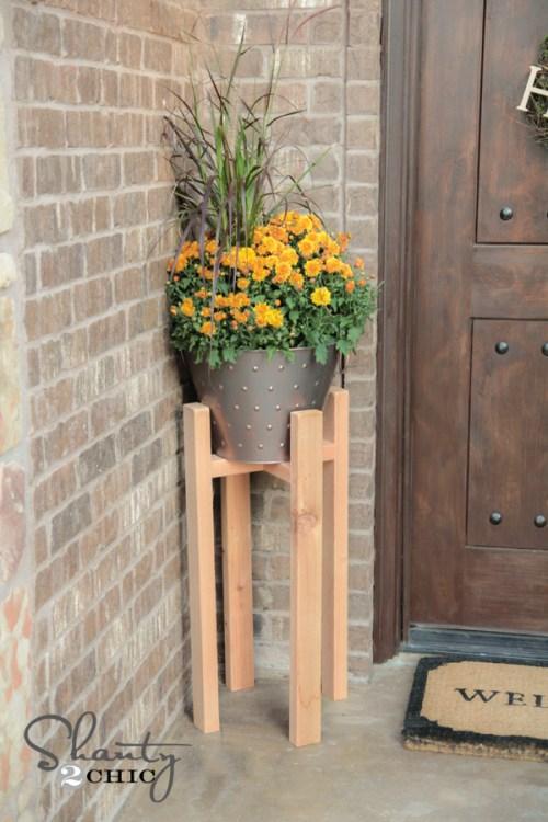 DIY Plant Stand Free Plans
