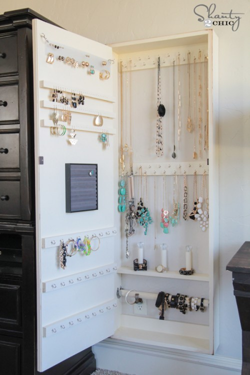 DIY-Jewelry-Storage-Case-500x750