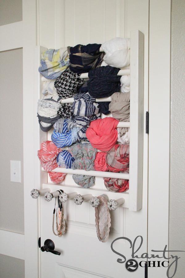 DIY-Scarf-Storage