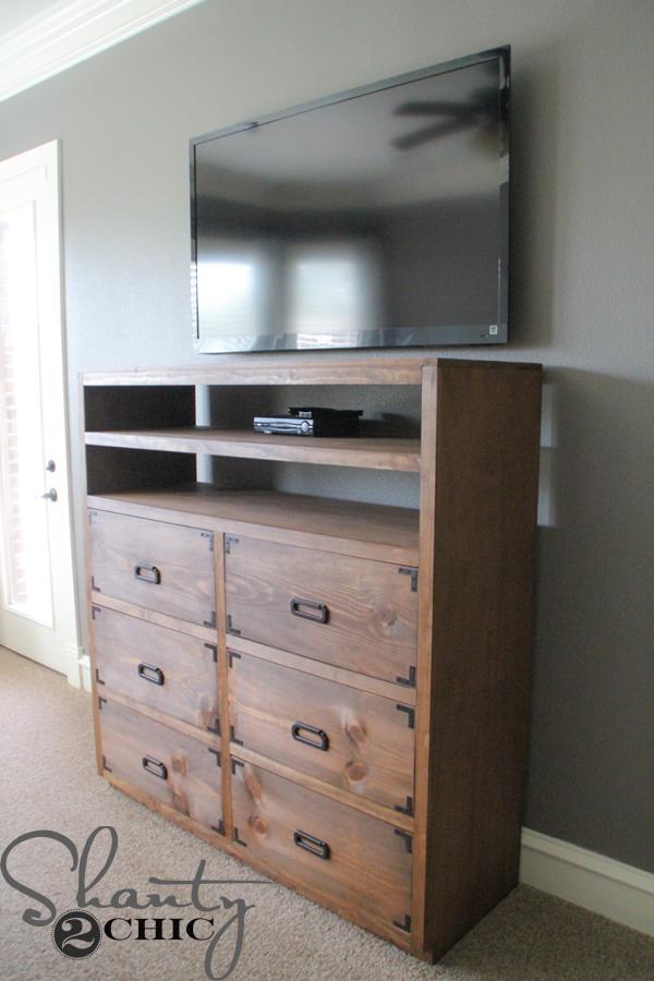 DIY-Media-Dresser