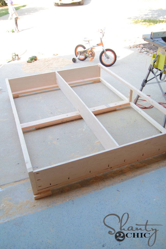 building base of storage bed