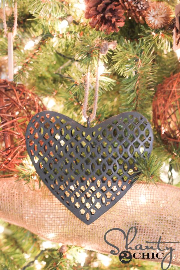 galvanized-christmas-ornament