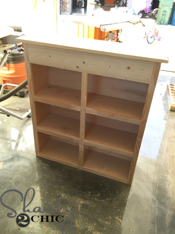 cabinet-with-back