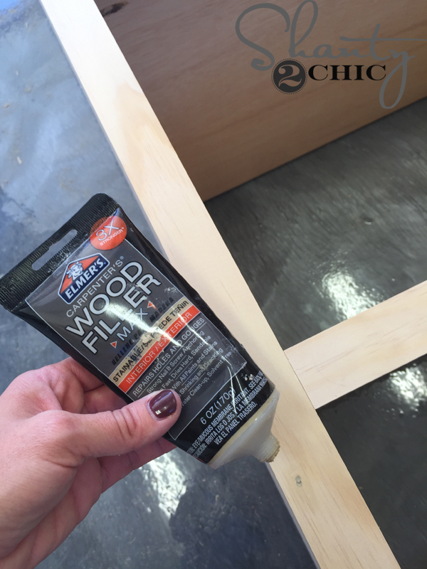 apply-wood-filler