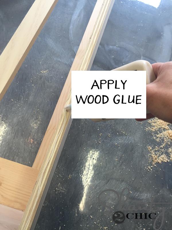 apply-glue-for-face-frame