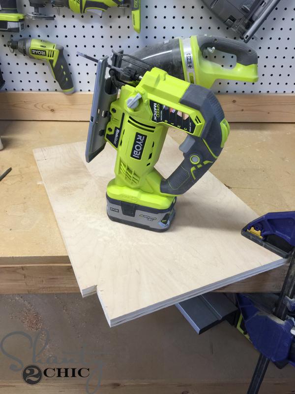 cut-corner-with-jigsaw