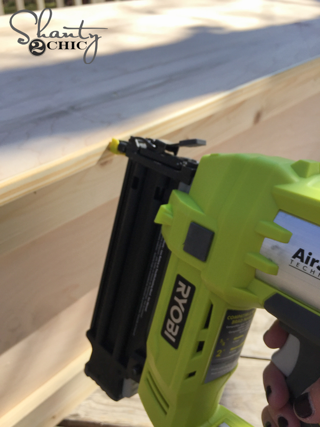 attach-screen-molding-with-nailer