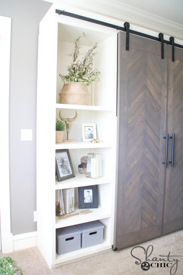 diy-barn-door-console