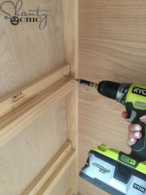 attach-cleat-to-back-of-cabinete