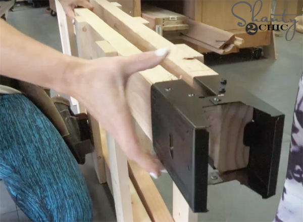 fit-brackets-over-rails