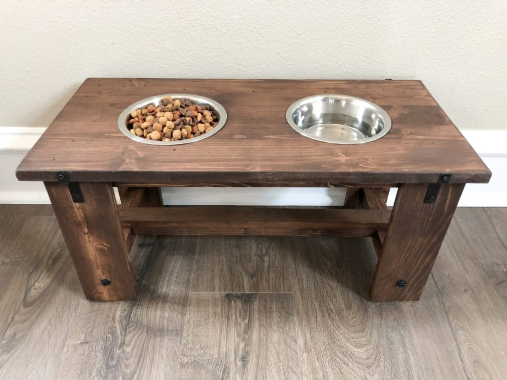 DIY Dog Bowl Stand - farmhouse dog bowl