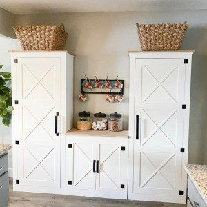 DIY Pantry System Middle Cabinet
