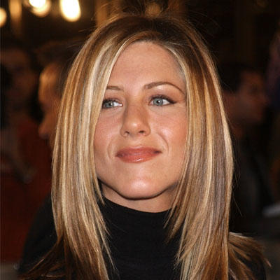 The Best Hairstyles For Women With A Round Face Shape