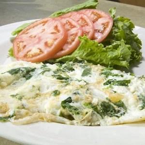 Αυγά στραπατσάδα με σπανάκι και τυρί