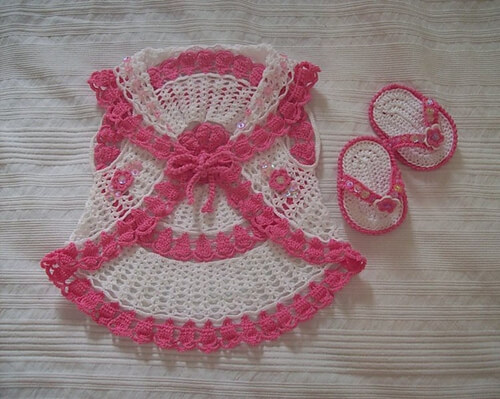 Cardigan and flip flop for baby