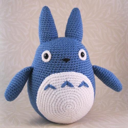 Blue Totoro Amigurumi