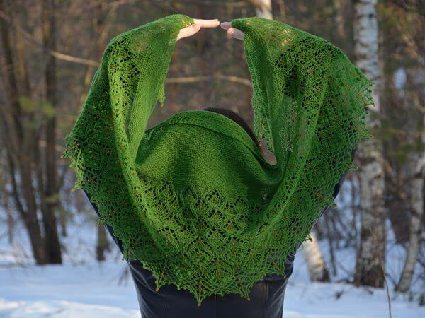 Frosty Apples Shawlette