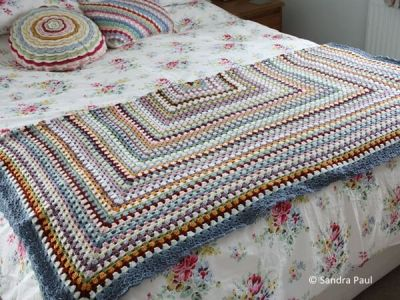 Grannie Goes Large Blanket