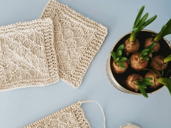 Knit Diamond Coaster