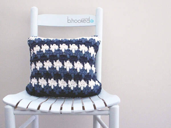 LARKSFOOT STITCH THROW PILLOW