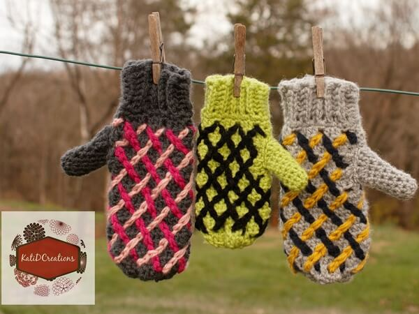 Mosaic Lattice Mittens