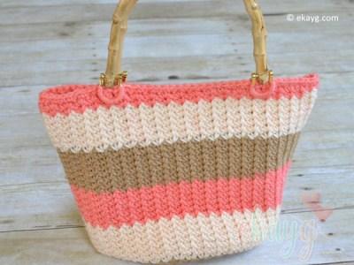 Seamlessly Stunning Handbag